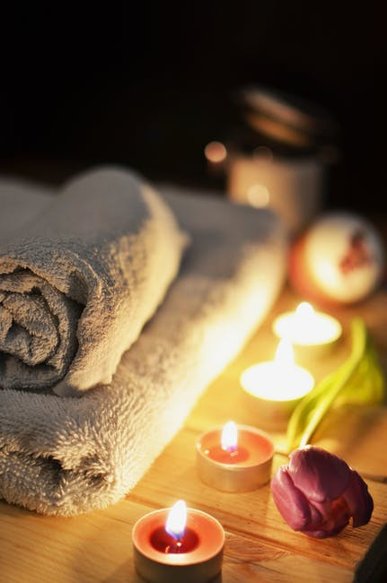 love-romantic-bath-candlelight.jpg